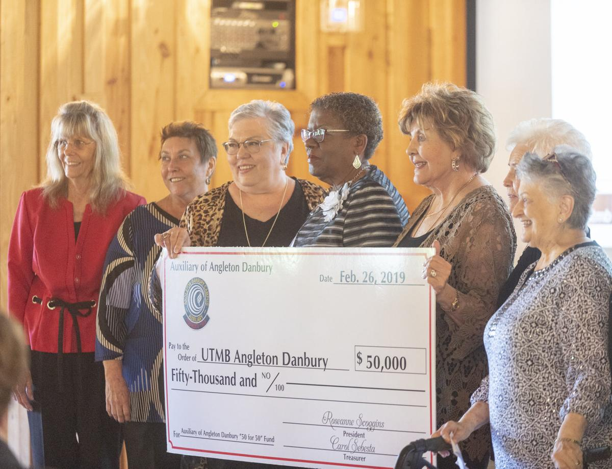 $20,000 Epic Systems Grant for resource center announced at