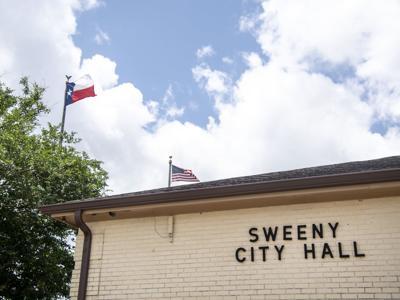 Sweeny City Hall