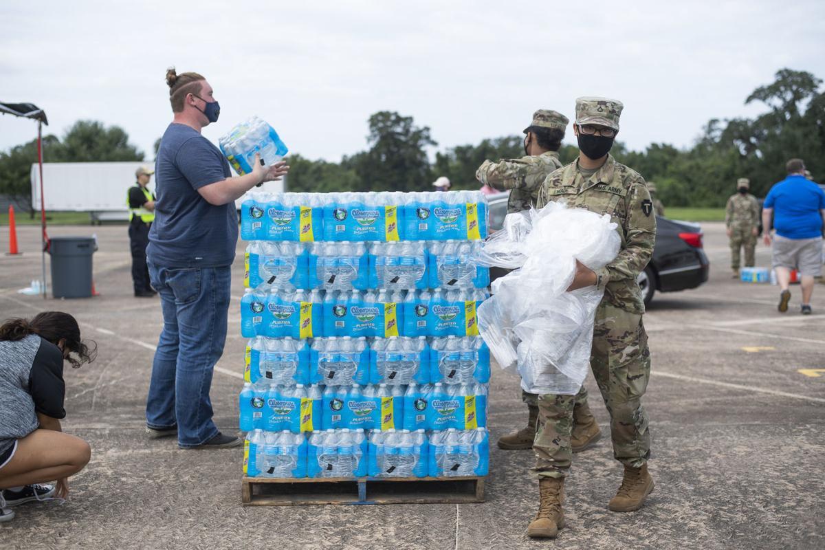 Lake Jackson water handout