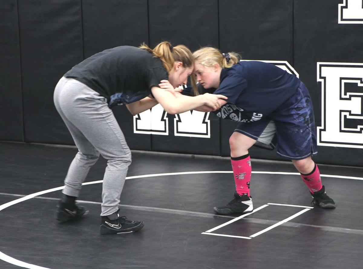 Bwood wrestling 1.jpg