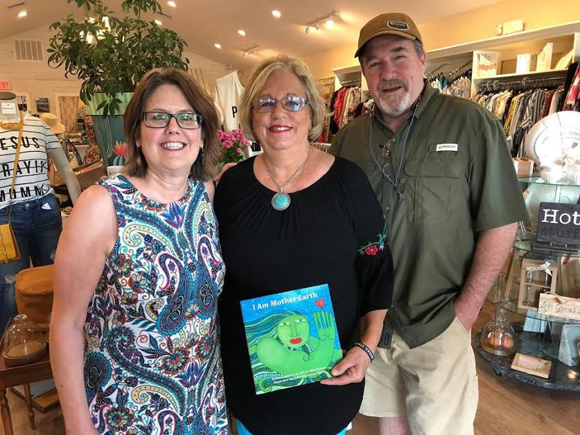 Former West Columbia residents publish earth book