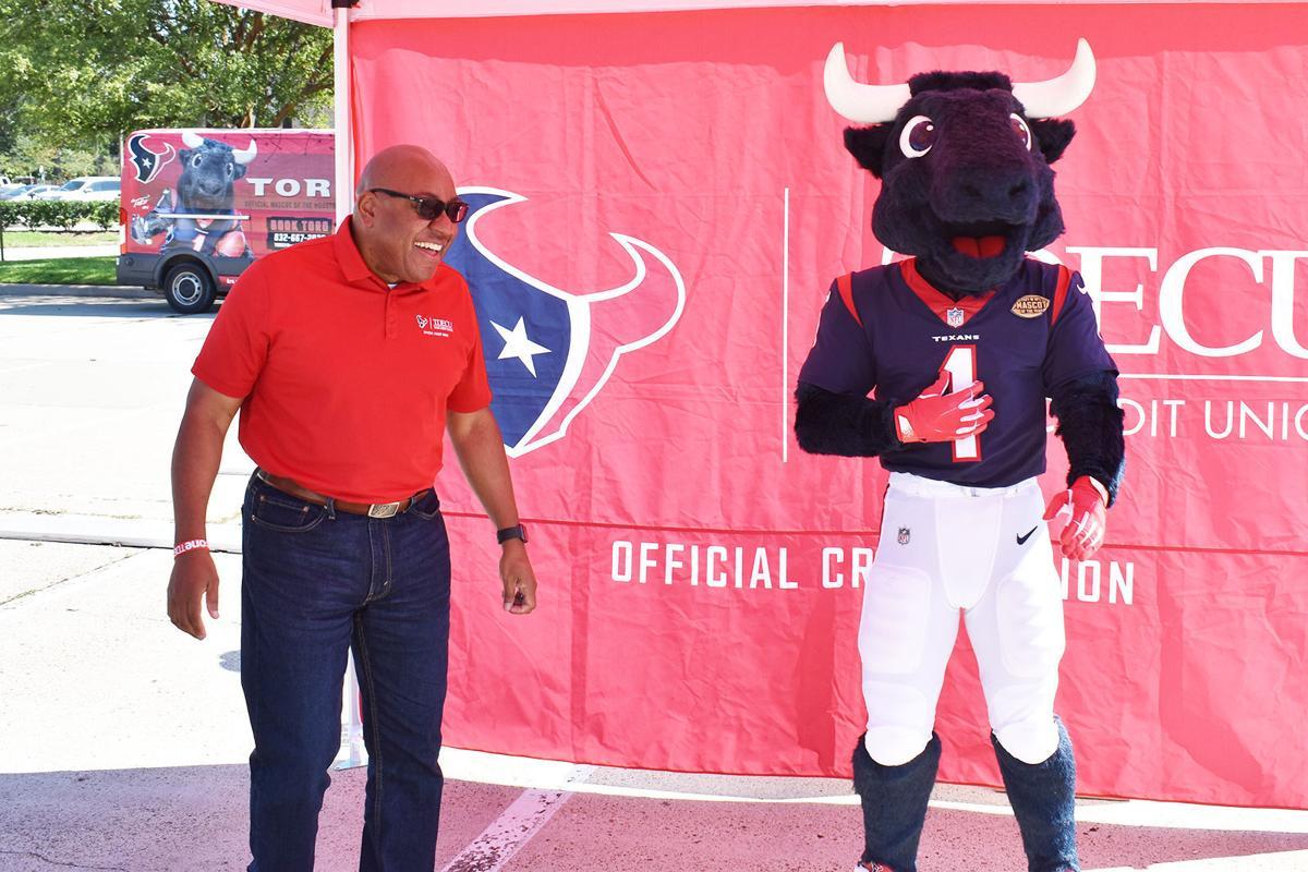 TDECU partners with the Houston Texans