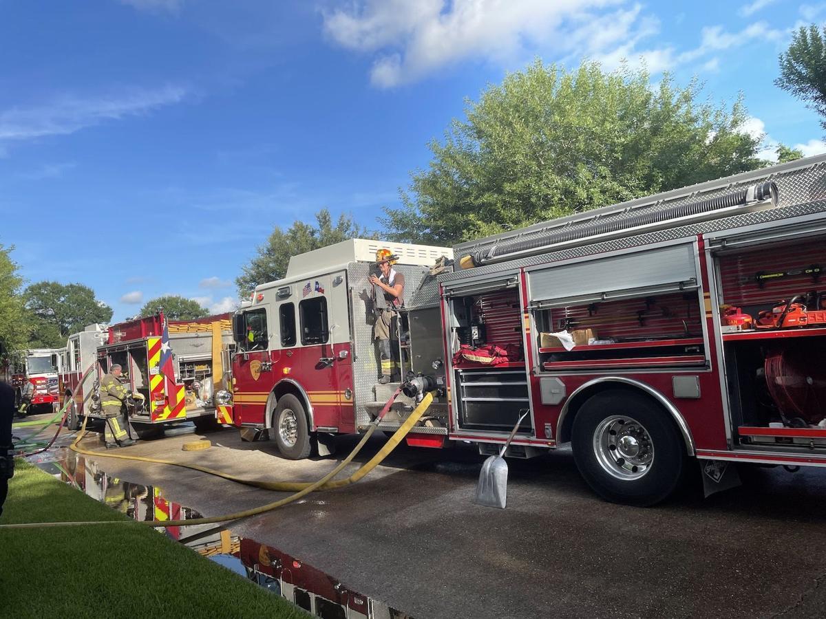 Angleton house fire