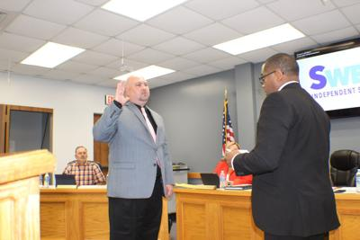 Sweeny ISD chief takes oath