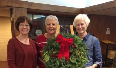 Society of St. Stephen Christmas Wreath Fundraiser PHOTO