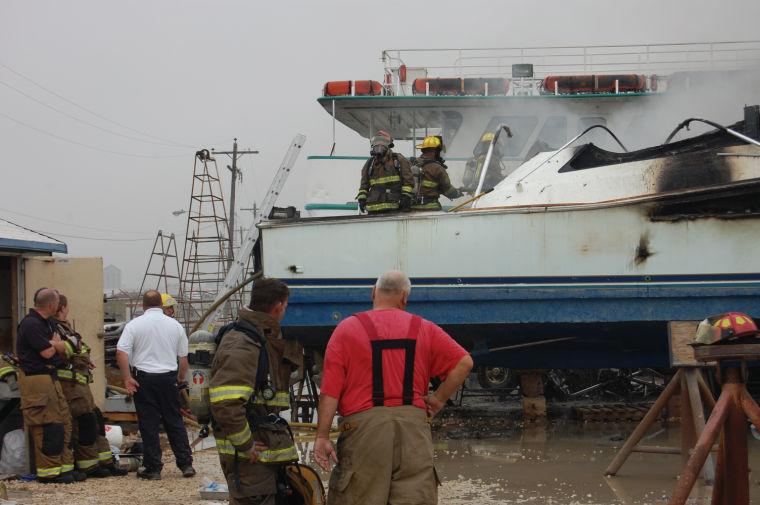 041713 boat fire 1