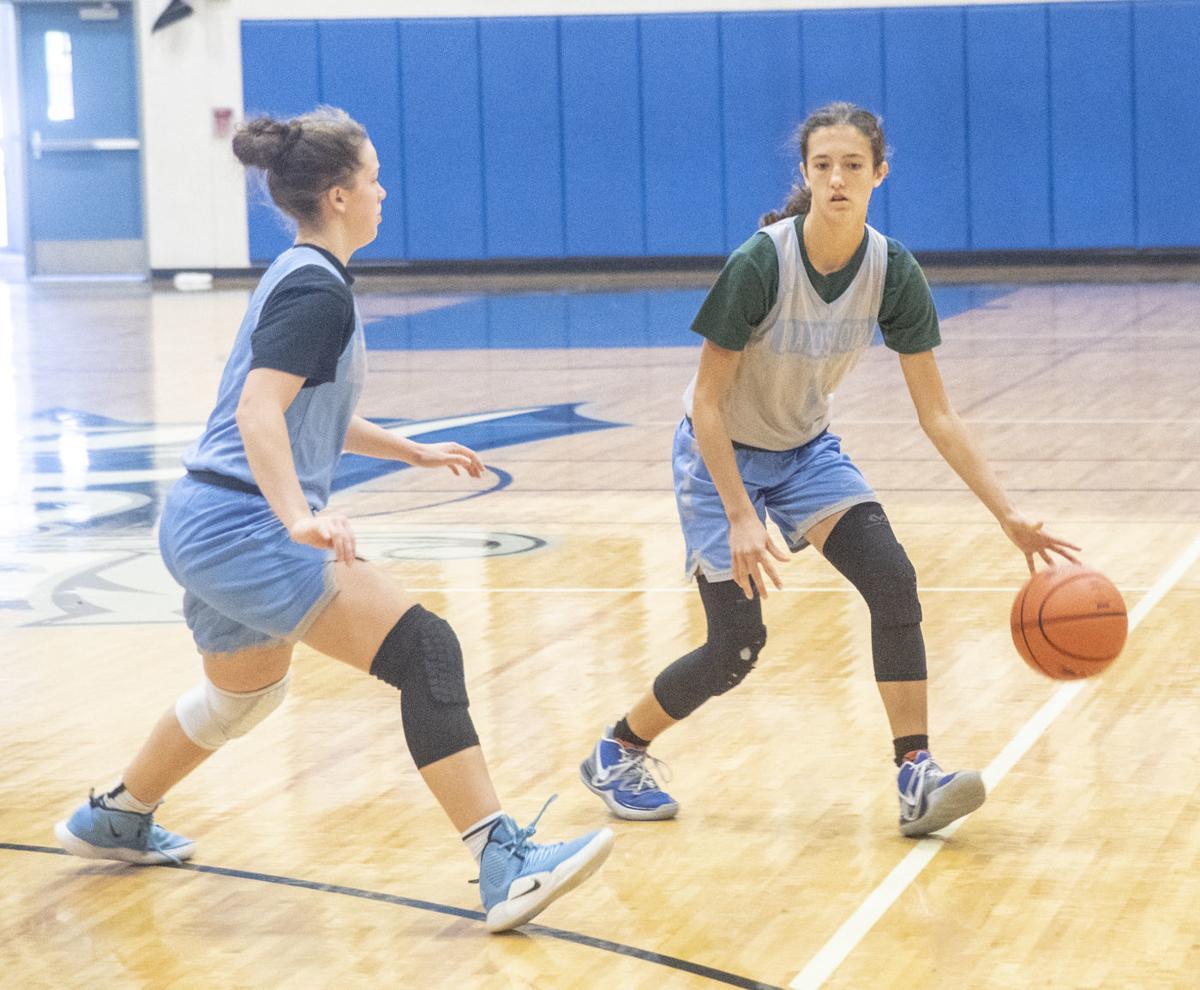 Lady Buc Basketball