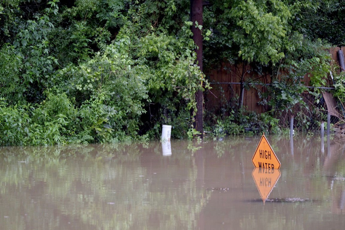 Officials tell residents to leave quickly as rivers rise | News ...