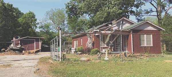 Strong storms bring wind damage to RC | Henderson Daily News