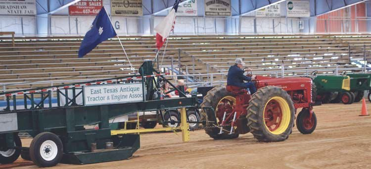 Antique tractor show | Henderson Daily News