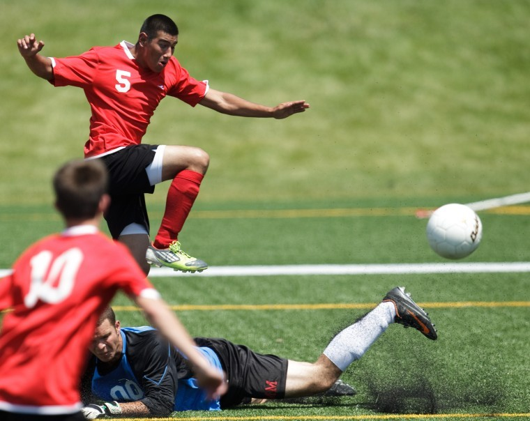 Late Goal Gives South 4-3 Win At All-star Soccer Event