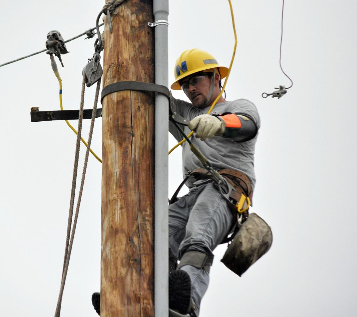 Powerline workers used to inclement weather | Local News ...
