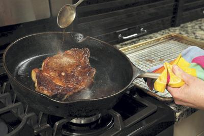 101_Steak_cooking_indoorsWEB