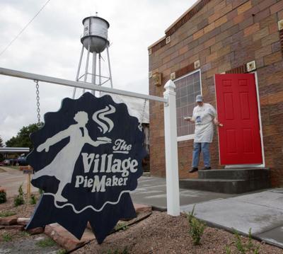 Village Pie Maker