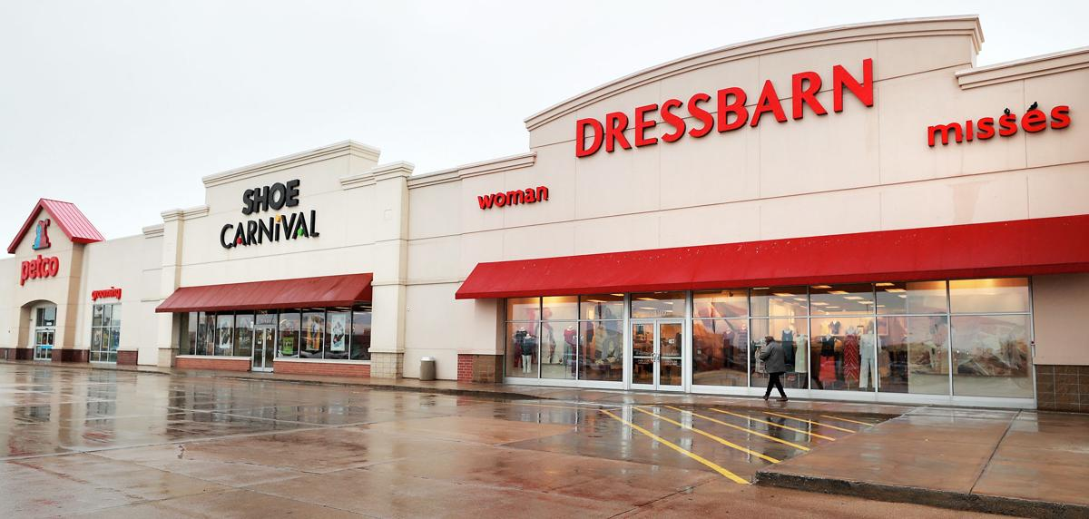 75e3d97a2f UPDATE  Dressbarn to close all its stores