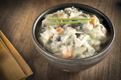 Creamy_chicken_wild_rice_soup