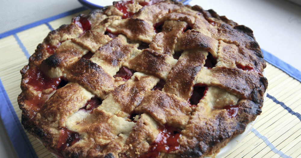 TK_Strawberry Rhubarb PieWEB