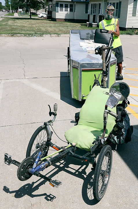 071217_tricycle_journey001_ac.JPG