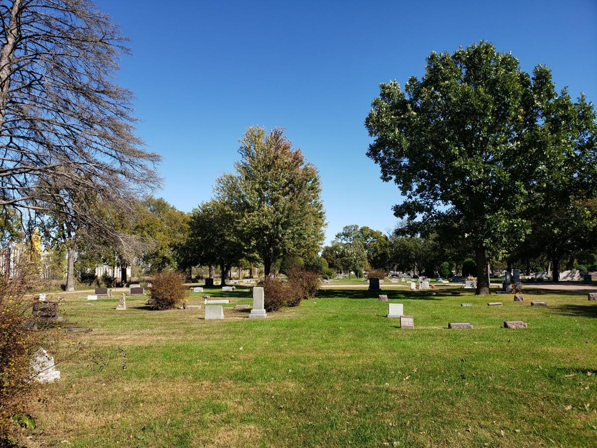 GI_Cemetery_002.jpg