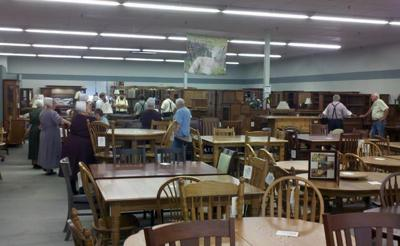 Amish Builders Visiting Amish Furniture Outlet Local News