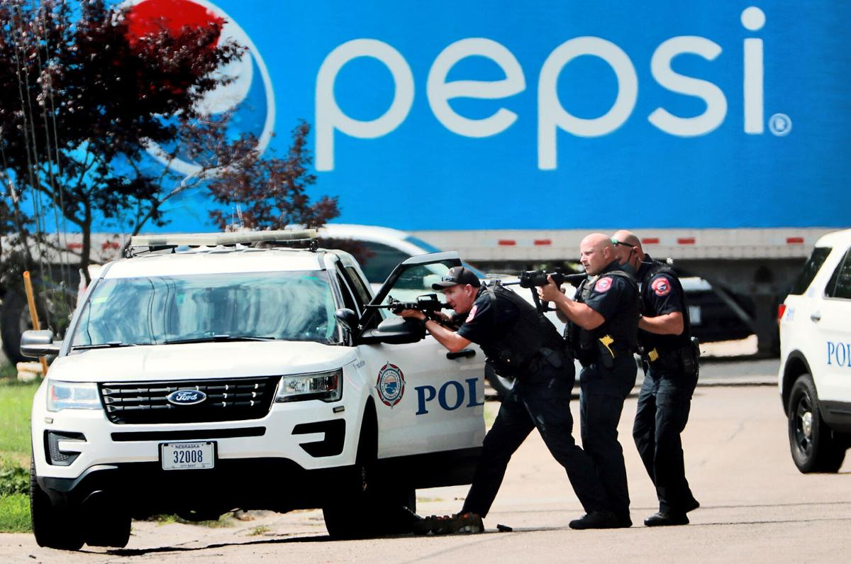 1018_Police_in_action.jpg
