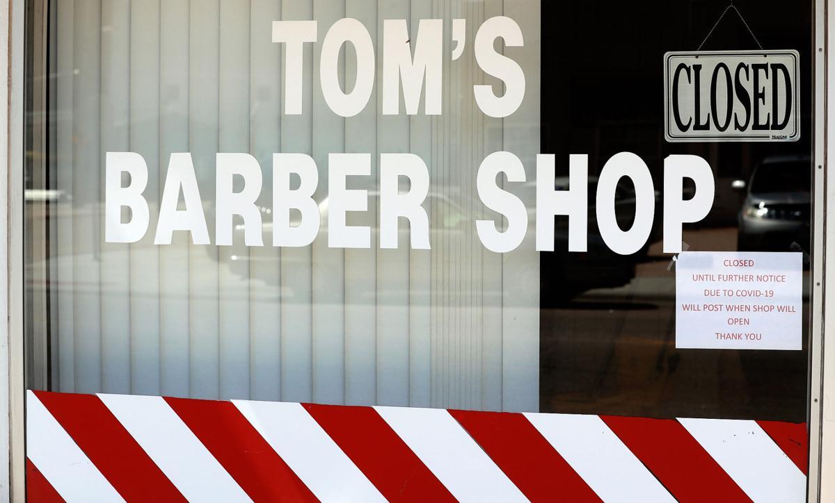 052020_TomsBarberShop002_bjs.JPG