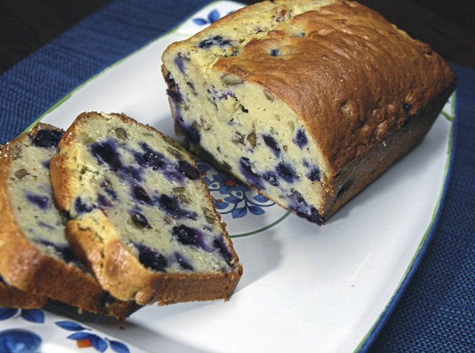 Blueberry_Peacan_breat