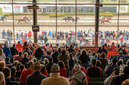 Fonner Park grandstand