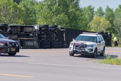 Update: Four injured after semi rolled east of St  Peter | Mankato
