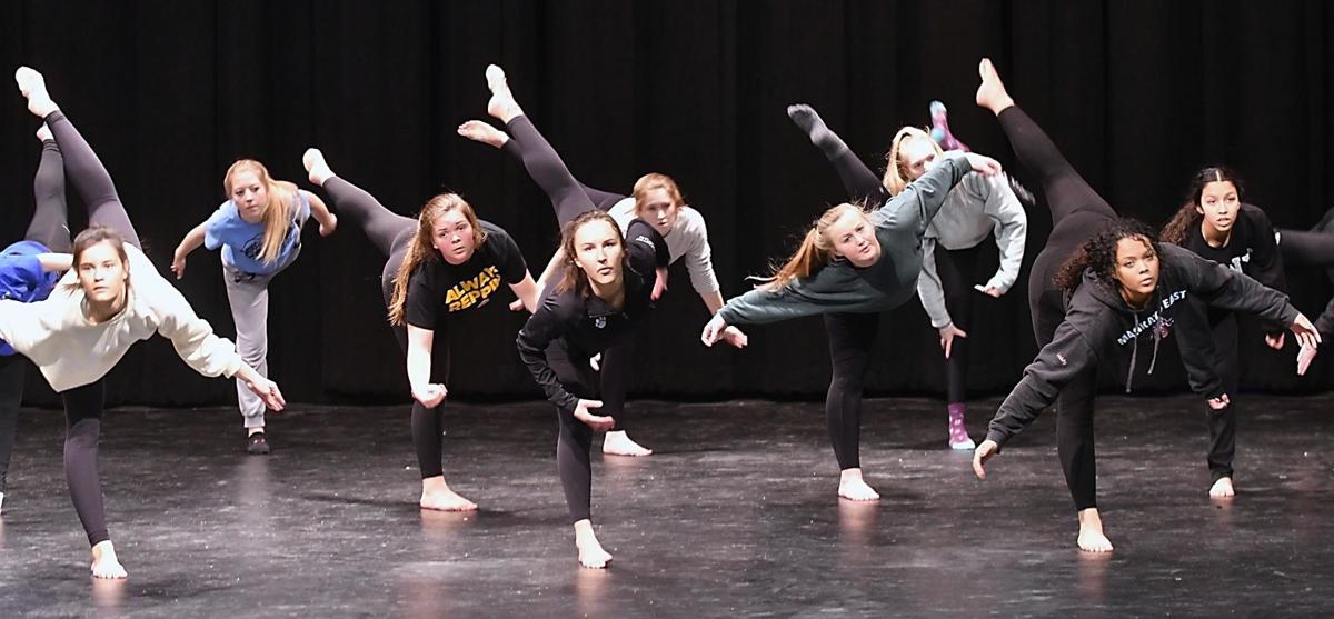 East dance 1