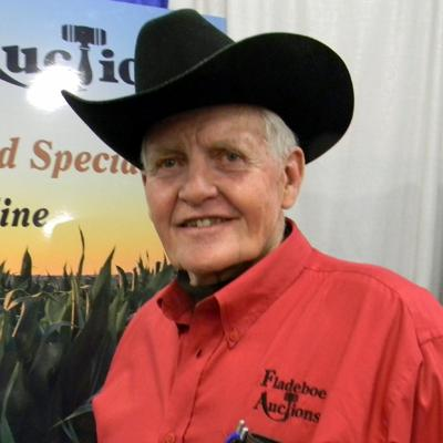 Auctioneers Hall of Fame inducts Dale Fladeboe