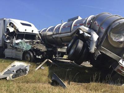 MC man injured in fatal I-65 crash