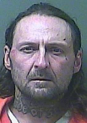 Police: Bank heist suspect hit liquor store, Smoke Shop