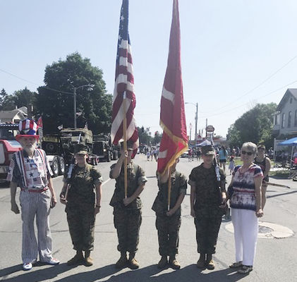 ROTC students show their national pride