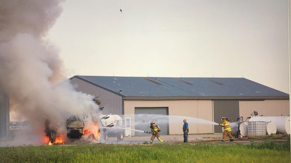 TRUCK FIRE ON UNION MILLS FARM