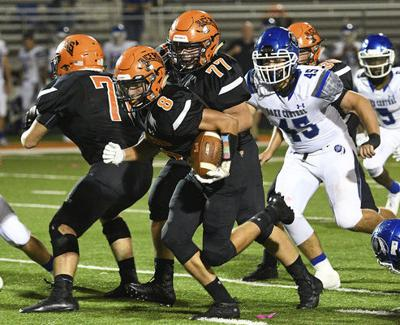 Rushing attack spurs Slicers to first 'W'