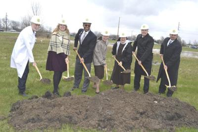 Franciscan breaks ground on new cancer center