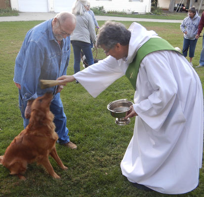 Church celebrates St. Francis of Assisi with pet blessing
