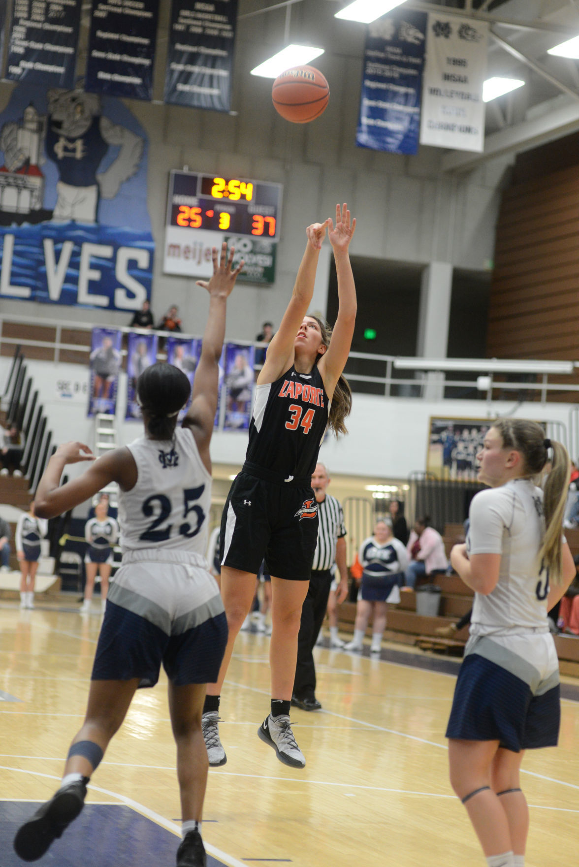 La Porte-City Girls Basketball photo 3