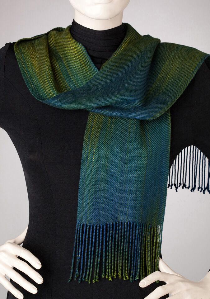 TeresaRuch Oregon Spring scarf.jpg