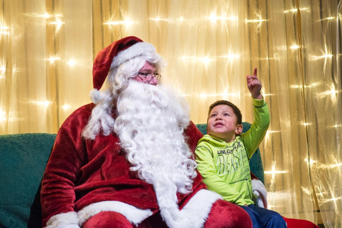 santa grants holiday wishes.JPG