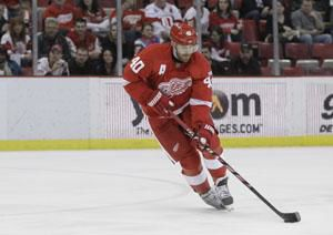 Red Wings' Henrik Zetterberg to play in Switzerland during NHL lockout