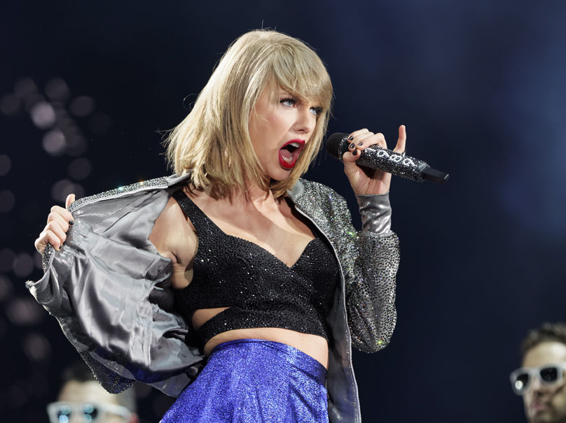 Taylor Swift Dazzles At Ford Field In Photos Arts Entertainment Theoaklandpress Com