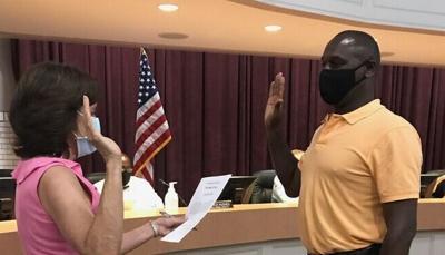 Gary Savage sworn in