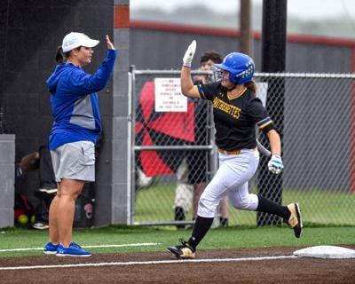05-02 north lamar softball