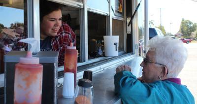 Lamar County United Way's Food Truck Wars a hit