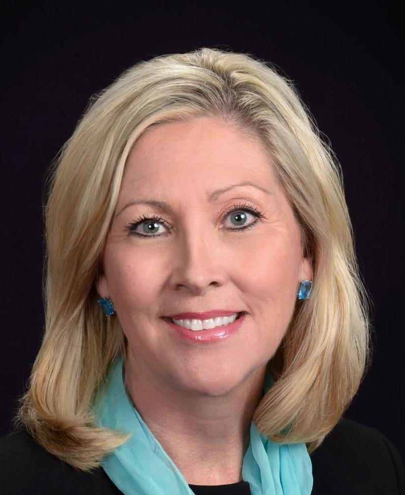 Pam Anglin headshot