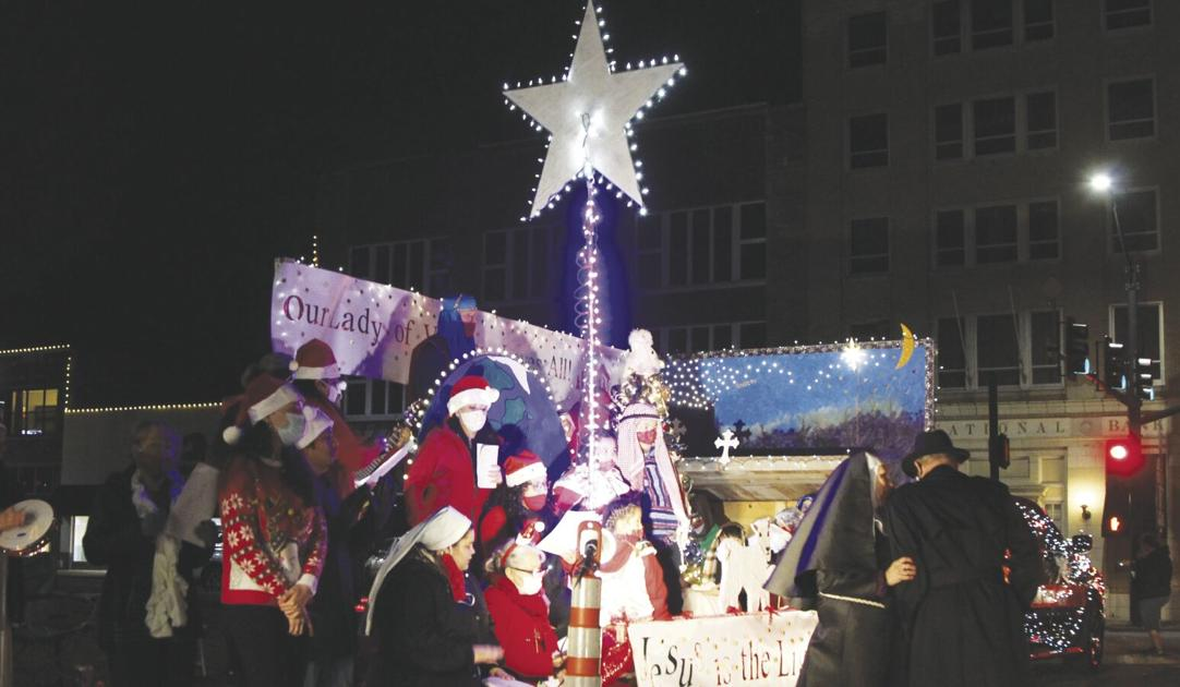 Paris Tx Christmas Parade 2021 Tis The Season Annual Christmas Parade Brings Joy News Theparisnews Com