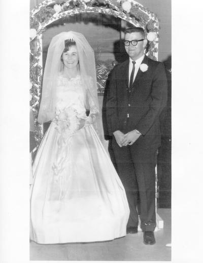 Mr. and Mrs. Thomas Roach Celebrate 50th Anniversary