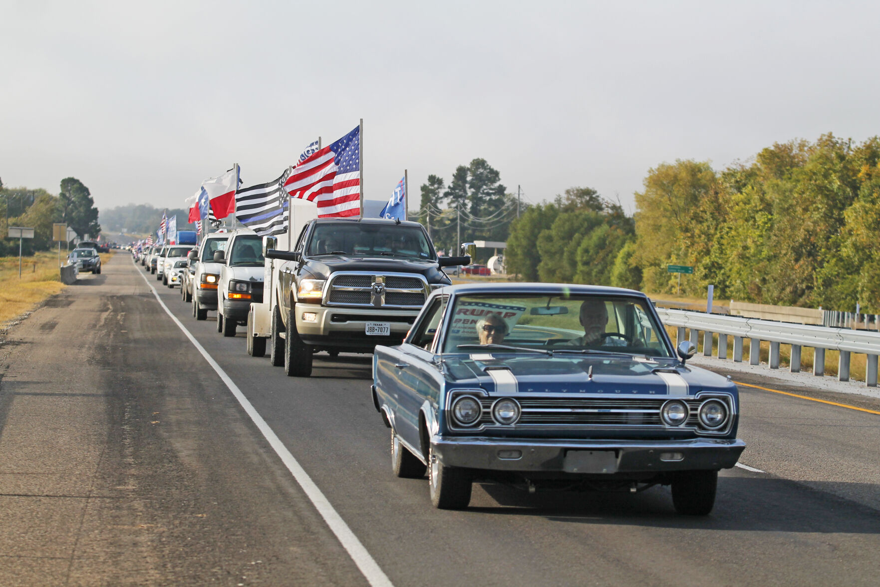 Republican group sets second Trump parade for Saturday